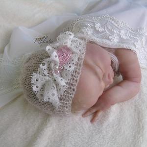 Kötött újszülött baba sapka 0-2 hónapos méret  (Mkkata) - Meska.hu