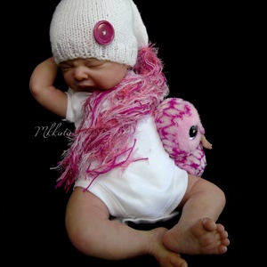 Kötött baba sapka 0-2 hónapos méret , Gyerek & játék, Táska, Divat & Szépség, Gyerekruha, Ruha, divat, Baba (0-1év), Kötés, Kézzel kötött  babasapka  - fotózásra \nMérete : 0-2 hó\nSapka : 35-38 cm- es fejméretig  \n \nAnyaga: b..., Meska