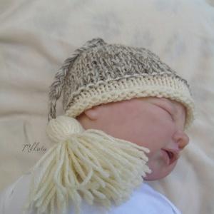 Kötött újszülött baba sapka 0-2 hónapos méret , Gyerek & játék, Táska, Divat & Szépség, Gyerekruha, Ruha, divat, Baba (0-1év), Kötés, Kézzel kötött  babasapka \nMérete : 0-2 hó\n33-38 cm- es fejméretig  \n \nAnyaga:  baba barát   akril fo..., Meska