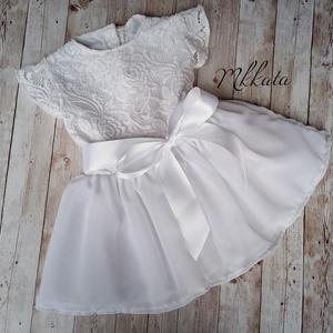 Alkalmi ,keresztelő kislány ruha több méretben , Táska, Divat & Szépség, Gyerekruha, Ruha, divat, Baba (0-1év), Varrás,   Alkalmi-   keresztelő kislány ruha\nFelső része  bélelt  csipke \nszoknya rész tüll- muszlin\n \n \nRen..., Meska