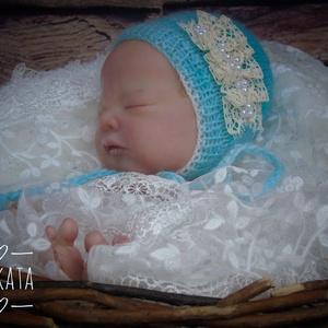 Kötött baba sapka  0-2 hónapos méret , Ruha & Divat, Babafotózási ruha és kellék, Babaruha & Gyerekruha, Kötés, Meska