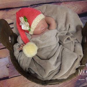 Kötött  baba sapka 0-2  hónapos méret, Gyerek & játék, Táska, Divat & Szépség, Gyerekruha, Ruha, divat, Baba (0-1év), Varrás, Kötés, Kötött  vékony babasapka .\n Kézzel hajtogatott szatén virággal díszítve\nFotózásra, vagy ajándéknak i..., Meska