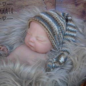 Kötött baba sapka 0-2 hónapos méret , Gyerek & játék, Táska, Divat & Szépség, Gyerekruha, Ruha, divat, Baba (0-1év), Kötés, Kézzel kötött  babasapka \nMérete : 0-2 hó\n33-38 cm- es fejméretig  \n \nAnyaga:  baba barát   akril fo..., Meska