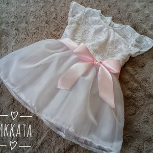 Alkalmi ,keresztelő kislány ruha több méretben , Keresztelő ruha, Babaruha & Gyerekruha, Ruha & Divat, Varrás,   Alkalmi-   keresztelő kislány ruha\nFelső része  bélelt  csipke \nszoknya rész tüll- muszlin\n \n \nRen..., Meska
