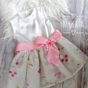 Alkalmi ,keresztelő kislány ruha 74-es méret , Táska, Divat & Szépség, Ruha, divat, Gyerekruha, Varrás,   Alkalmi-   keresztelő kislány ruha\nFelső része Szatén \nszoknya rész tüll- hímzett muszlin\n Mérete ..., Meska