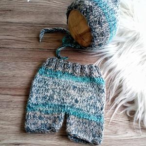 Kötött baba sapka+ nadrág szett  0-2 hónapos méret  - Meska.hu