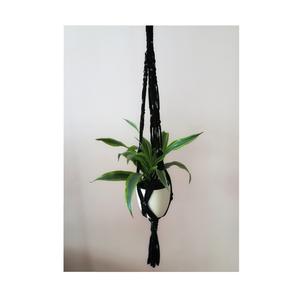 Makramé virágtartó, Dekoráció, Otthon & lakás, Dísz, Csomózás, Makramé virágtartó\n\nAnyag: pólófonal\nMéret : 90 cm\n( az anyag nyúlik, így a virág behelyezése után +..., Meska
