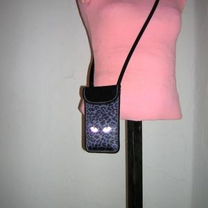 Állítható pántos mobil tok  Plus-os méretű telefonokhoz  tarka cica - Meska.hu