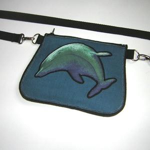 Delfines Övtáska kistáska , Táska & Tok, Övtáska, Újrahasznosított alapanyagból készült termékek, Varrás, Meska