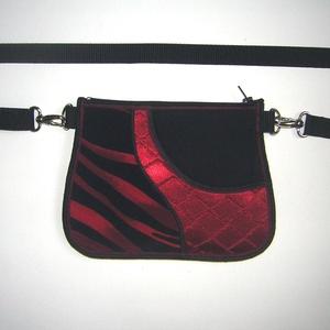 Övtáska  kis táska  fekete-piros  - Meska.hu