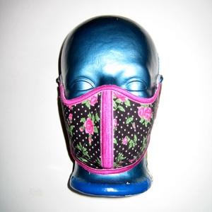 Egyedi szájmaszk szabályozható gumival arcmaszk extra erős textil maszk pöttyös rózsás - Meska.hu