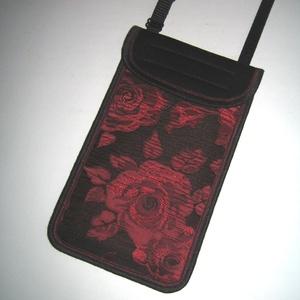 Mobiltok állítható pánttal XL telefon rózsás brokát kistáska fekete-piros-bordó, Telefontok, Pénztárca & Más tok, Táska & Tok, Varrás, Mindenmás, Egyedi, igényesen elkészített mobiltartó. Tökéletesen illeszkedik az iPhone 6 plus, iPhone 7 plus, i..., Meska