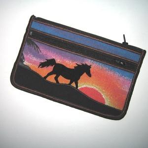 Mobiltok cipzáros zsebbel XL telefon tartó lovas neszi pénztárca Ló naplementében - Meska.hu