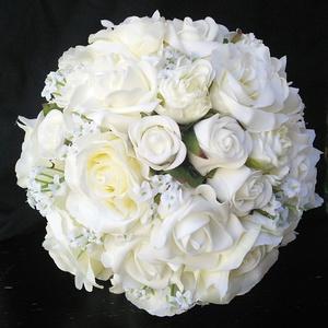 Bűbájos fehér menyasszonyi csokor  - Meska.hu