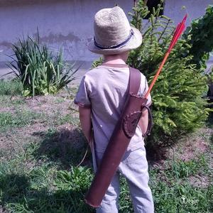 Háti gyermek tegez Sárkány motívummal Barna színben , Tegez, Pénztárca & Más tok, Táska & Tok, Bőrművesség, Famegmunkálás, A vesztőtartót ajánlom: gyerekeknek, hagyományőrzőknek, szerepjátékosoknak, s mindenkinek ki szereti..., Meska