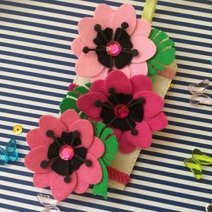 """""""PinkLady""""-Hajgumi Szett, Ékszer, Nemezelés, Mindenmás, Dekorfilcből készült nagyméretű Trópusi virágok és Monstera levelek alkotják ezt a kellemes viseletű..., Meska"""