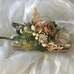 """""""ROMANTIKUS KARÁCSONY""""-Asztaldísz,Dekoráció,Gyertyatartó..., Karácsony & Mikulás, Karácsonyi dekoráció, Virágkötés, Fa alapra készült -Romantikus Asztaldísz-természetes anyagokkal,Mini örökvirágokkal,minőségi örökzöl..., Meska"""