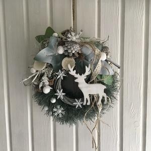 """""""HÓFEHÉR-TÉL""""-Ajtódísz,Kopogtató, Karácsony & Mikulás, Karácsonyi kopogtató, Virágkötés, Minőségi örök-zöldek alkotják az Ajtódísz alapját,melyet természetes anyagokkal,termésekkel díszítet..., Meska"""