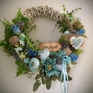 """TÜRKÍZ-KÉK-Ajtódísz,Kopogtató, Otthon & Lakás, Dekoráció, Ajtódísz & Kopogtató, Virágkötés, Vessző alapot díszítettem minőségi zöldekkel,örökvirágokkal,termésekkel és """"Isten Hozott"""" üdvözlő tá..., Meska"""