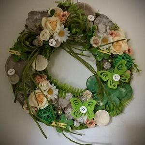 """""""ÜDE TAVASZ""""-Ajtódísz,Kopogtató, Otthon & Lakás, Dekoráció, Ajtódísz & Kopogtató, Virágkötés, Ajtódíszem alapja farost melyet zuzmóval,termésekkel,Szatén-selyem-favirágokkal és Habrózsákkal dísz..., Meska"""
