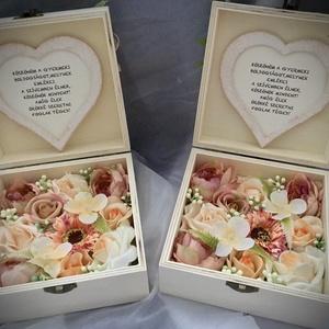 """""""KÖSZÖNÖM""""-Esküvői Szülőköszöntő Szett -Fa Virágdoboz-Rózsabox-, Esküvő, Emlék & Ajándék, Szülőköszöntő ajándék, Decoupage, transzfer és szalvétatechnika, Virágkötés, Fa ajándékdobozt díszítettem minőségi örök virágokkal-barackszínű angol    rózsákkal,púder s.rózsákk..., Meska"""