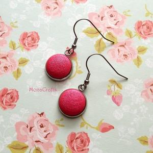 Dóra - kézzel festett textilgomb fülbevaló acélból (MonaCrafts) - Meska.hu