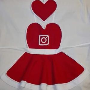 Csajos Instagram kötény hölgyeknek