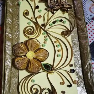 Sárgás-barnás színű, virágos quilling kép, Dekoráció, Otthon & lakás, Lakberendezés, Falikép, Papírművészet, Quilling technikával (5mm-es papírcsíkból) mdf lapra ragasztott, akasztóval ellátott fali kép. Méret..., Meska