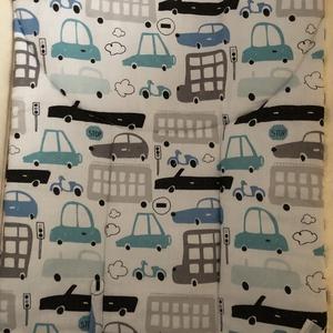 Kész termék ! Fehér alapon autós mintával babahinta  +rugó biztonsági szállal  (moneswing) - Meska.hu