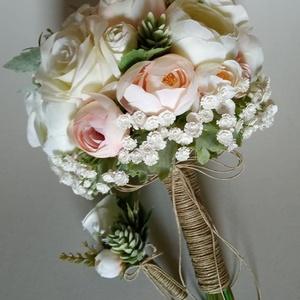 Menyasszonyi csokor, Esküvő, Esküvői csokor, Virágkötés, Szeretnél egyedi csokrot az esküvődön?Legyél egyedi a csokrod által.\nCsokraimat élethű selyemvirágo..., Meska