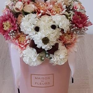 Virágbox kutyussal, Otthon & Lakás, Dekoráció, Asztaldísz, Mindenmás, Meska