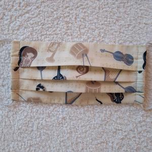Textil maszk, arcmaszk, szájmaszk, NoWaste, Textilek, Kendő, Varrás, Beige alapon hangszerek ábrázoló pamutvászonból készült kétrétegű maszk zenekedvelőknek.\nBelső része..., Meska
