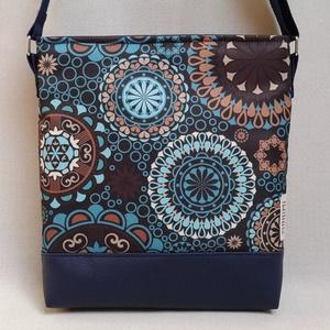 KÉK-MANDALÁS Lovely-bag 03 női táska, Táska, Válltáska, oldaltáska, Varrás, Gyönyörű színekben pompázik ez a táska! A kék egyre népszerűbb, mert nagyon harmonikus, sokféle ruh..., Meska