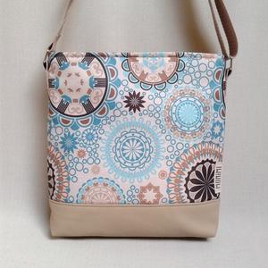 Lovely-bag 06 női táska, Táska, Válltáska, oldaltáska, Varrás, A kék mandala minta és a homokszín csak úgy szikrázik ezen a táskán. Olyan, minta mindig a tengerpa..., Meska