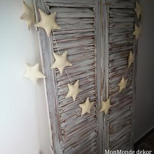 Bézs csillag füzér_dekoráció, Otthon & lakás, Dekoráció, Lakberendezés, Gyerek & játék, Gyerekszoba, Varrás, Készítettem egy extra hosszú 3 méteres bézs színű 10 db csillagokból álló füzért, mely visszafogott ..., Meska