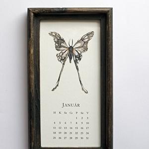 Naptár 2021 -  Lepkék, Otthon & Lakás, Dekoráció, Falinaptár & Öröknaptár, Fotó, grafika, rajz, illusztráció, 12 különböző lepkeillusztrációból álló naptár, fa képkeretben, akasztóval. A naptárlapok 320 g-os st..., Meska
