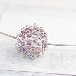 Bubble hollow bead- egyedi üveggyöngy sodronyon, Ékszer, Nyaklánc, Üvegművészet, A lánc lámpagyöngyét  áttetsző Moretti üvegrúdból olvasztottam gázégő forró lángjánál és fújtam üreg..., Meska