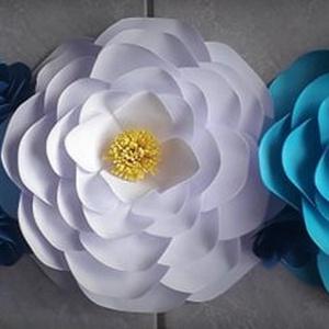 Futó virág dekor, Otthon & Lakás, Dekoráció, Falra akasztható dekor, Mindenmás, Papírművészet, 80-90 cm-es futó virág dekoráció papírból. Kézzel és szeretettel készített dekoráció neked....., Meska