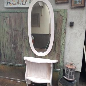 Vintage fésülködő konzolasztal tükörrel 18.000 Ft, Otthon & Lakás, Bútor, Famegmunkálás, Festett tárgyak, Vintage fèsülködő konzolasztal, fazettazott antik tükörrel. A konzolasztal magassága tetszés szerint..., Meska