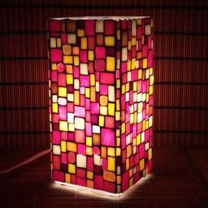 Üvegmozaik lámpa - piros-sárga szögletes, Otthon & Lakás, Asztali lámpa, Lámpa, Üvegmozaik asztali lámpa  Négyzethasáb alakú lámpatestre készült a motívum  kézzel vágott spektrum ü..., Meska