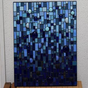 Kék harmónia - üvegmozaik kép, Kép & Falikép, Dekoráció, Otthon & Lakás, Mozaik, Mindenmás, Üvegmozaik kép akasztóval\n\nMérete: 30x40*2cm\n\nMéretre vágott, kékre pácolt fa alapra ragasztottam fe..., Meska