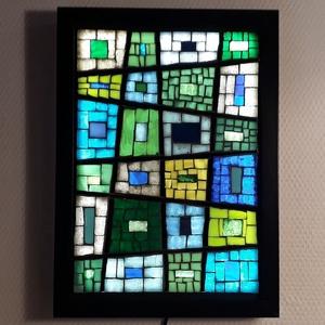 Kék-zöld absztrakt - üvegmozaik falikép világítással, Otthon & lakás, Dekoráció, Lakberendezés, Lámpa, Falikép, Mozaik, Üvegművészet, Világító üvegmozaik falikép\n\nmérete:23x32cm\n\nÜveglapra ragasztottam a motívumot üvegmozaik technikáv..., Meska