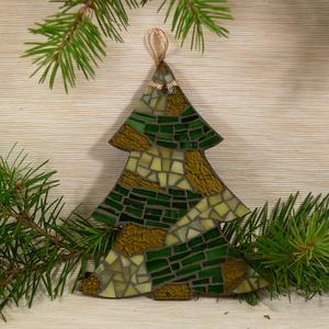 Zöld-arany karácsonyfa - üvegmozaik dísz, Karácsonyfadísz, Karácsony & Mikulás, Otthon & Lakás, Mozaik, Mindenmás, Üvegmozaik karácsonyi dísz akasztóval\n\nMérete: kb. 13*16*2cm\n\nFormára vágott, festett fa alapra raga..., Meska