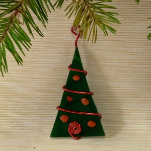 Karácsonyfadísz 1 db-os, Karácsonyfadísz, Karácsony & Mikulás, Otthon & Lakás, Mindenmás, Üvegművészet, Fenyő formájú karácsonyi dísz - több darabos szettben is kapható többféle színben\n\nKézzel vágtam ki ..., Meska