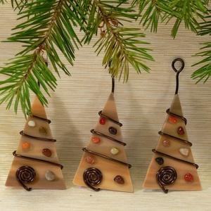 Üveg dísz 3 db-os, Karácsonyfadísz, Karácsony & Mikulás, Mindenmás, Üvegművészet, Fenyő formájú karácsonyi dísz - egy és több darabos szettben is kapható többféle színben\n\nKézzel vág..., Meska
