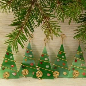Karácsonyfadísz 5 db-os, Karácsonyfadísz, Karácsony & Mikulás, Otthon & Lakás, Mindenmás, Üvegművészet, Fenyő formájú karácsonyi dísz - egy és több darabos szettben is kapható többféle színben\n\nKézzel vág..., Meska