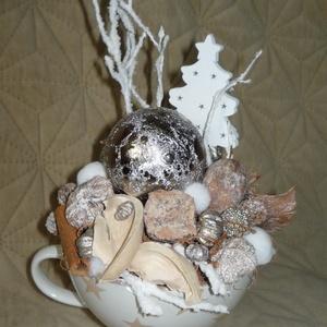 Natúr csillagos téli bögredísz, Otthon & Lakás, Dekoráció, Asztaldísz, Virágkötés, Mindenmás, Natúr csillagos téli bögredísz. Téli dekoráció. Kézzel készített egyedi asztali dísz. Méret: kb.  Ma..., Meska
