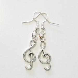 Violinkulcs fülbevaló , Lógós fülbevaló, Fülbevaló, Ékszer, Ékszerkészítés, \nA fülbevaló teljes mérete 4,5cm \nÁtlátszó biztosíték tartozik hozzá, Meska