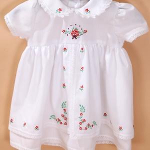 Romantikus babaruha, Táska, Divat & Szépség, Ruha, divat, Gyerekruha, Gyerek & játék, Baba (0-1év), Varrás, Hímzés, Romantika jegyében készítettem a ruhákat.74-es méretben.Vékony,szellős viselet a kicsiknek.\nHossza  ..., Meska
