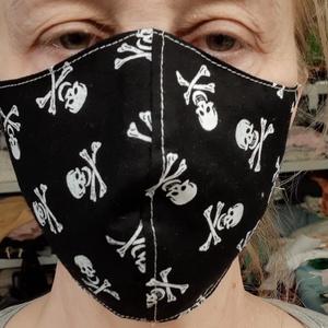 Szájmaszk pamut textilből. , NoWaste, Textilek, Varrás, Bőrbarát pamut textilből készült arcmaszk.\n\nA maszkok kétrétegűek kívül mintás belül fehér pamutvász..., Meska